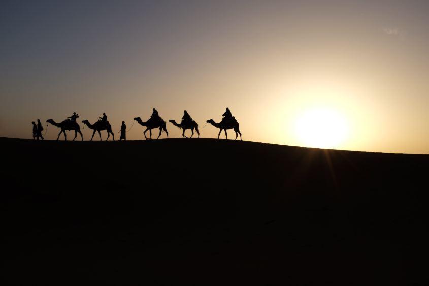 Three wise men - Photo by inbal-malca-NhlKx6Uvm3E-unsplash